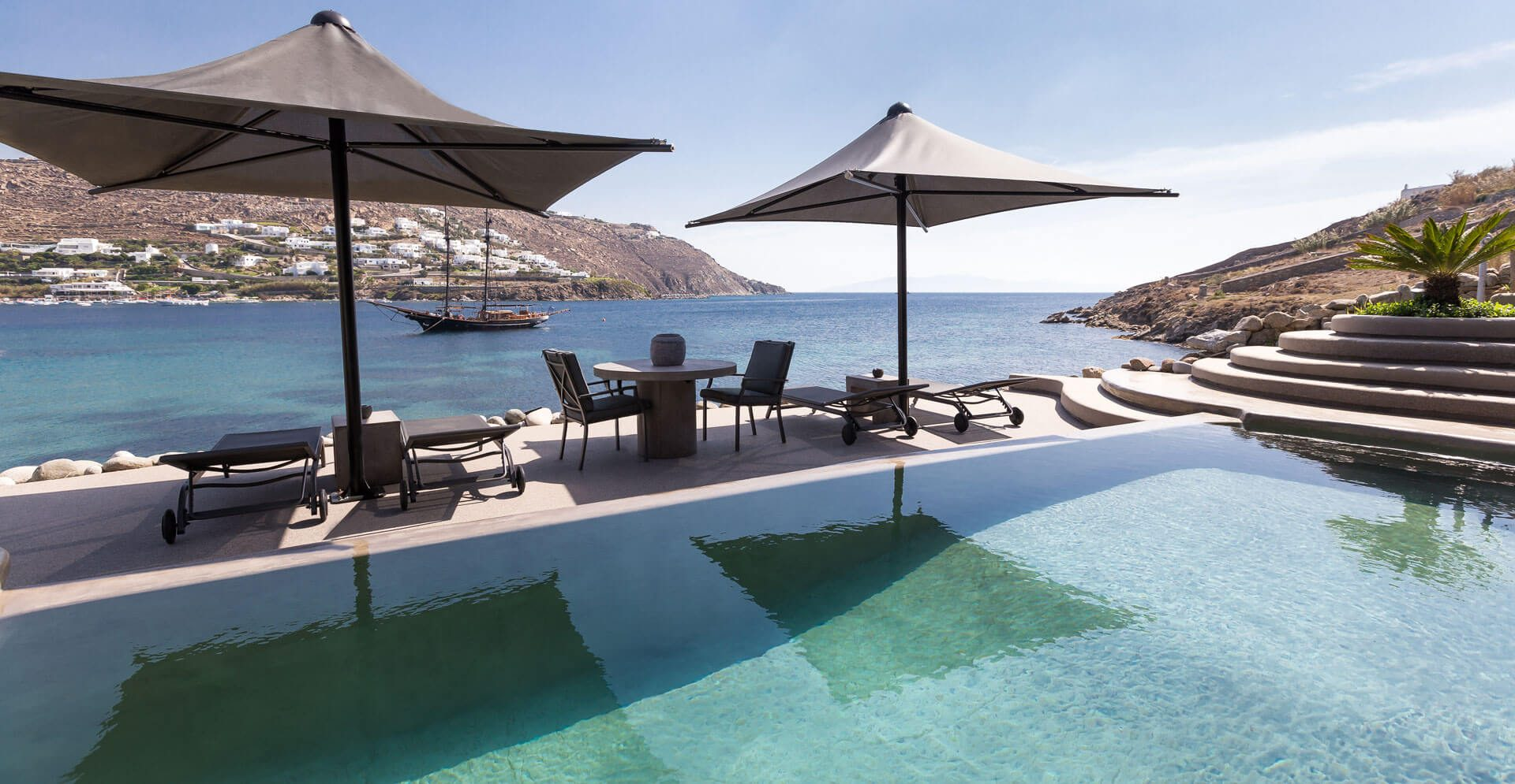 VILLA-HIDEAWAY-WITH-INFINITY-PRIVATE-POOL_1
